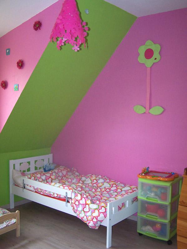 Peinture chambre fille peinture sur mur chambre d enfant - Couleur peinture chambre fille ...