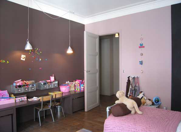 Couleurs chambre b b for Chambre fille rose et taupe
