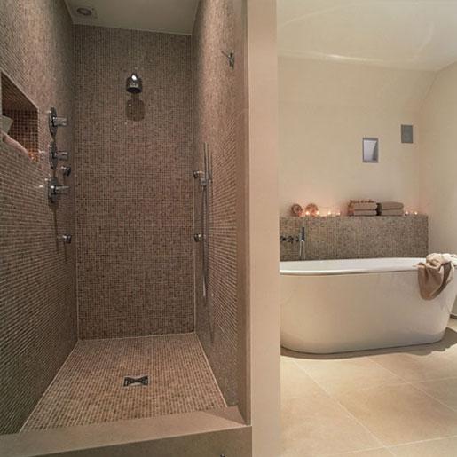 Petite salle de bain avec douche italienne for Salle de bain style hammam
