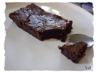 Blog de valsixt : Les gourmandises de Val, Avant recette Delicieux moelleux au chocolat et noix