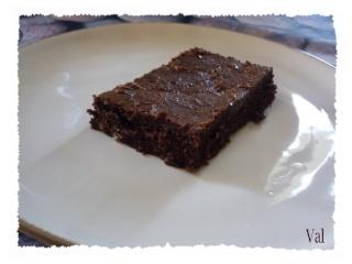 Blog de valsixt : Les gourmandises de Val, Délicieux moelleux au chocolat et noix