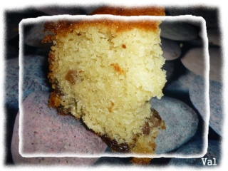 Blog de valsixt : Les gourmandises de Val, Cake aux raisins de Betty