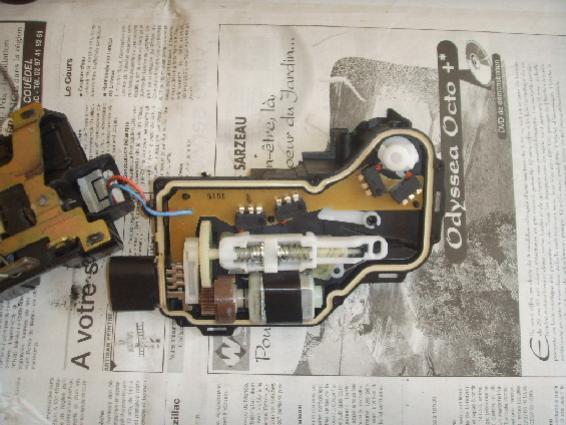 Moteur de verrouillage de porte de voiture demontage - Moteur de verrouillage de porte de voiture ...