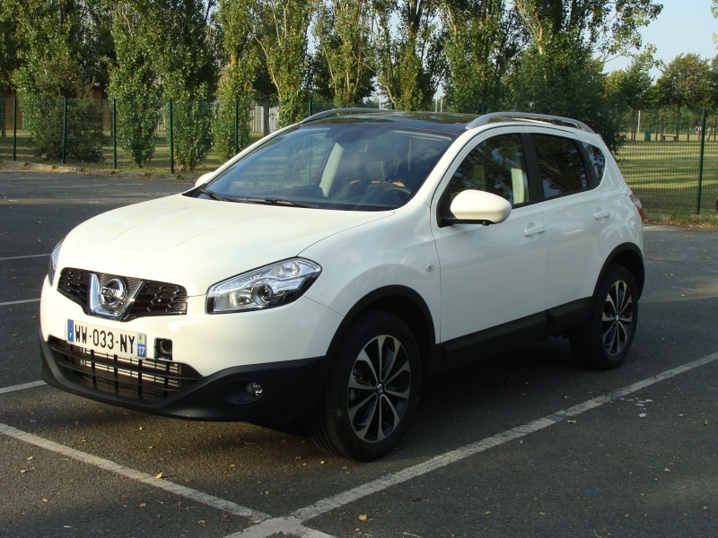 nissan qashqai 1 6l dci 130 connect edition blanc. Black Bedroom Furniture Sets. Home Design Ideas