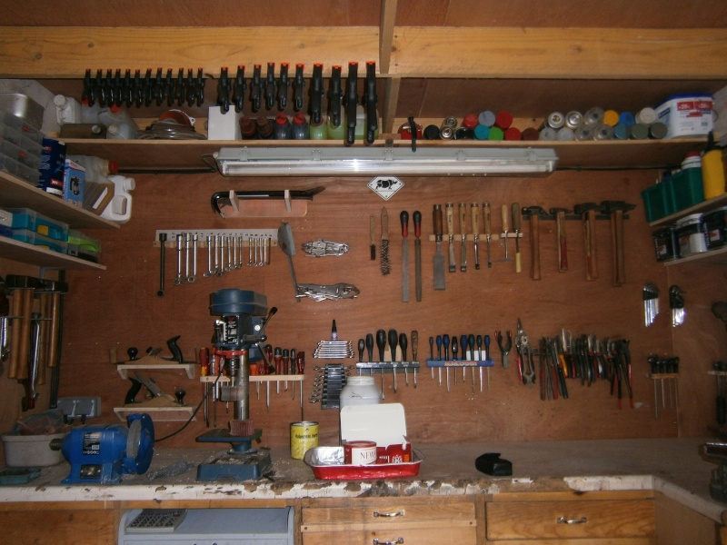 mon atelier avec ses d faut. Black Bedroom Furniture Sets. Home Design Ideas