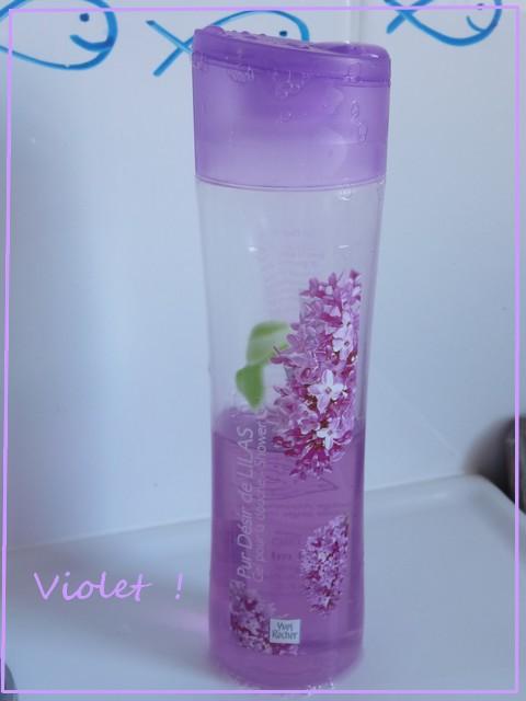 http://i44.servimg.com/u/f44/13/94/06/25/violet10.jpg