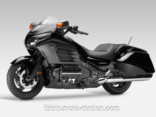 honda gold wing f6b le bagger 6 cylindres moto. Black Bedroom Furniture Sets. Home Design Ideas