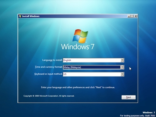 """Klik pada butang """"Install Now"""" untuk memulakan pemasangan Windows ..."""
