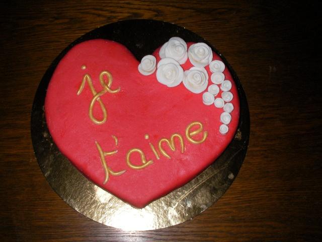 gateau st valentin forme de coeur home baking for you blog photo. Black Bedroom Furniture Sets. Home Design Ideas