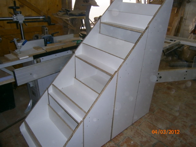 Placard sous escalier ma m thode pour placards - Fabriquer un tiroir coulissant ...