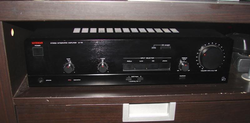 ampli Luxman LV110
