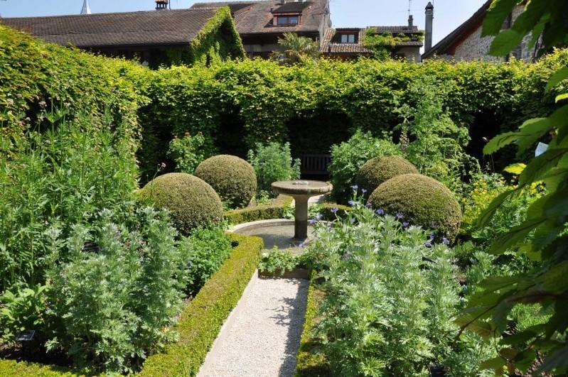Le jardin des cinq sens yvoire france for Jardin yvoire
