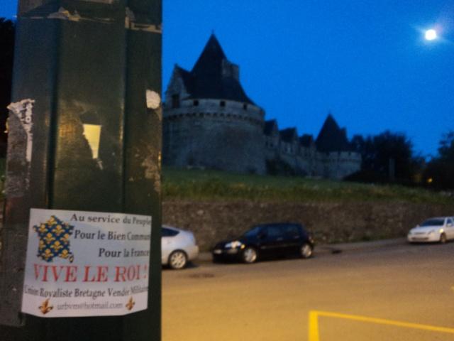 Collage devant le Château des Ducs de Rohan