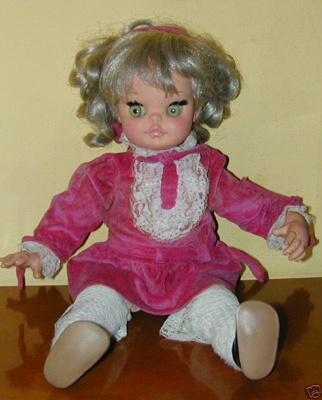 Cerco vecchie bambole furga bonomi lenci sebino barbie etc for Bambole barbie