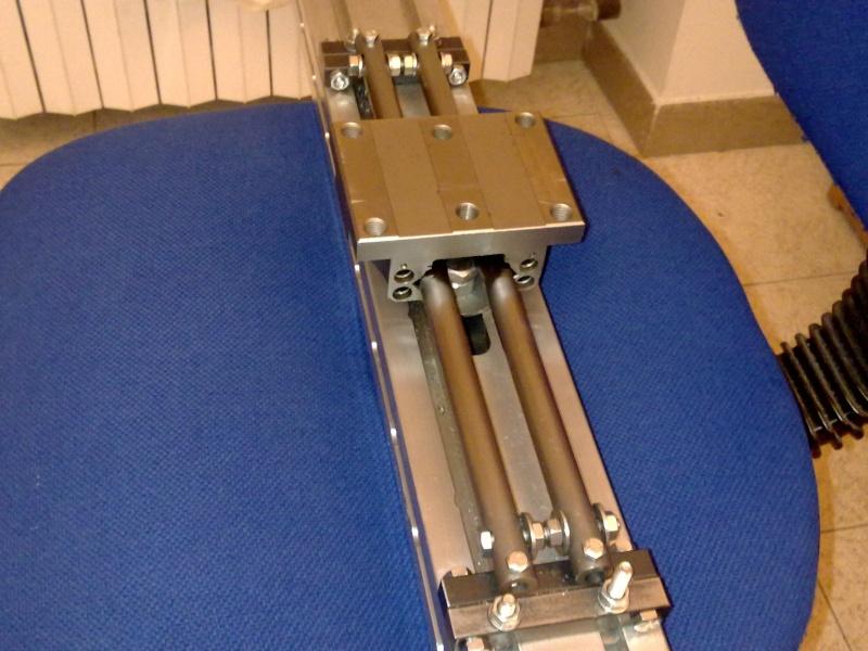 Tornio con copiatore per legno terminato for Costruire un tornio per legno