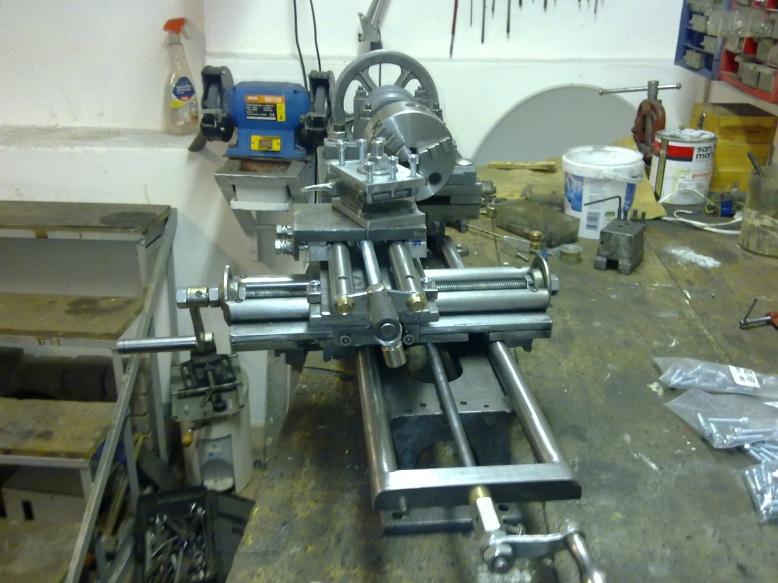 Tornio autocostruito colonna porta lavatrice for Costruire un tornio per legno